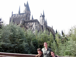 Photo: Did I mention how much we liked Hogwarts? :)