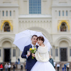 Wedding photographer Yuriy Kuzakov (Omchak80). Photo of 08.11.2014