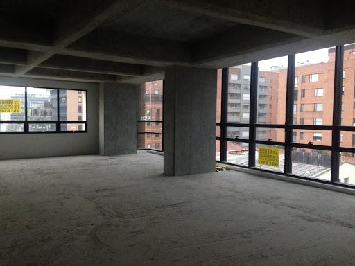 Oficinas en Venta - Bogota, Chico 642-3900