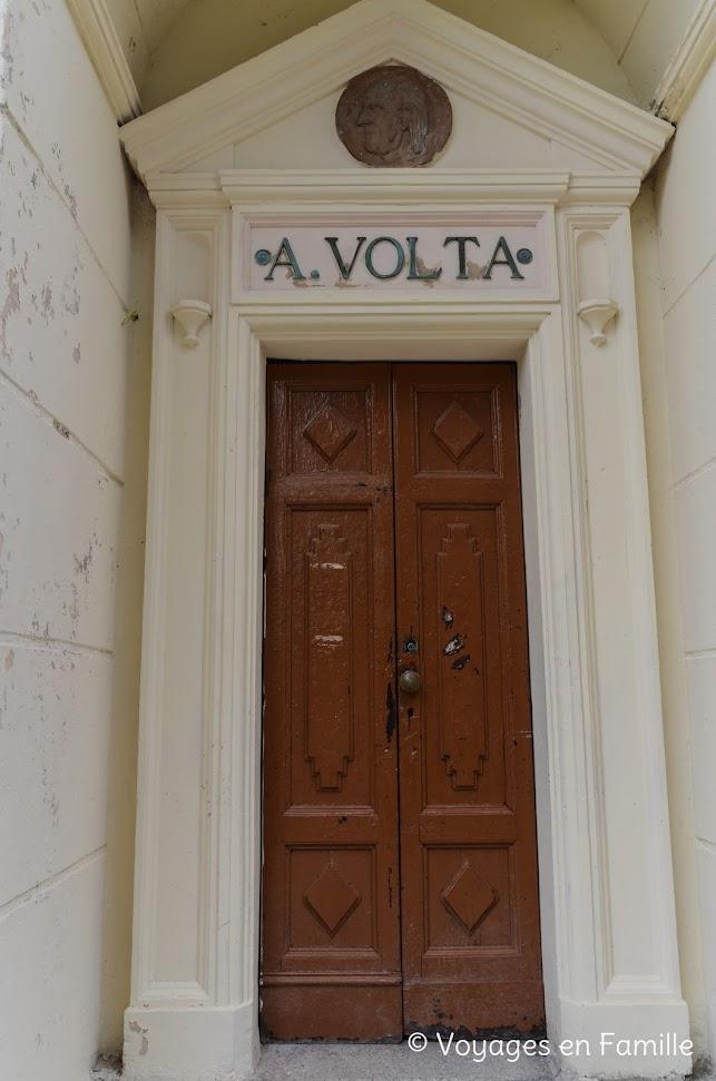 Côme, faro Voltiano