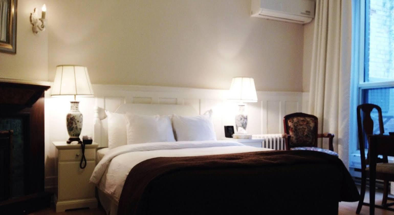 Hotel Ambrose
