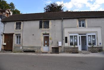 maison à Saint-Seine-l'Abbaye (21)