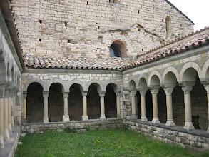 Photo: claustre canònica Sta.Maria de Mur