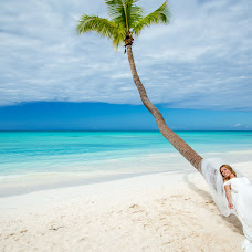 Wedding photographer Maksim Klever (MaksKlever). Photo of 15.04.2017