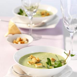 Frische Erbsen-Minz-Suppe