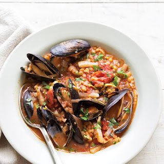 Mussels Fra Diavolo with Fennel, Leeks & Fregola.