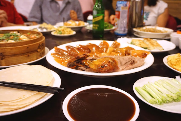 價格實在菜色多份量足的烤鴨老店-陶然亭餐廳@捷運南京復興站@兄弟大飯店