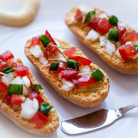 Entrée by José M G Pereira - Food & Drink Plated Food ( bread, food, plated food, entree, tomatoes )