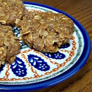Caramel Oat No-Bake Cookies