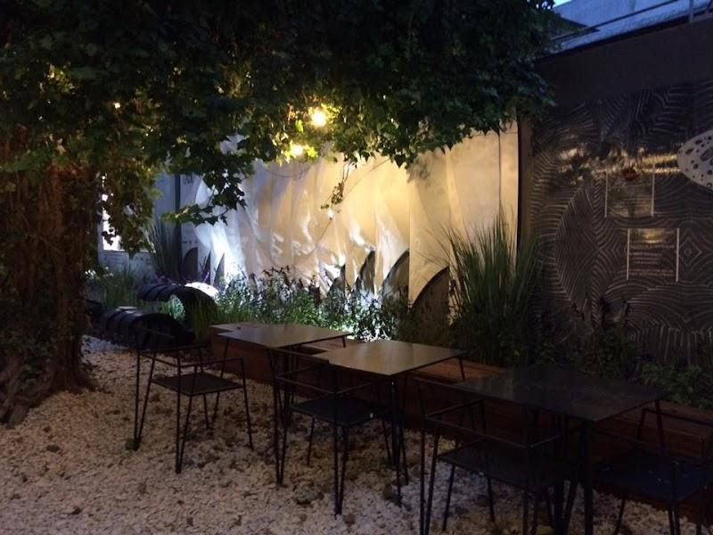 Casa FOA 2016: Expansión Cafetería by Tecno Perfiles Space Oddity - Cari Calvo