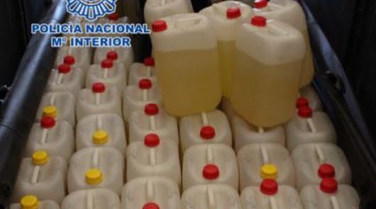 Tres detenidos por contrabando: entregan combustible a otras narcolanchas