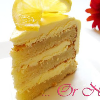 Eggless White Chocolate and Lemon Cake