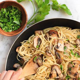 Mushroom Spaghetti Aglio Olio (Gluten-free, Vegan).