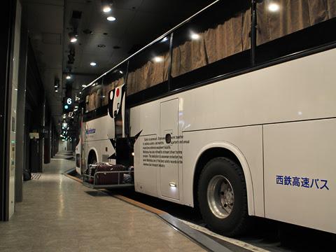 西鉄高速バス「桜島号」夜行便 4012 西鉄天神高速バスターミナルにて その2