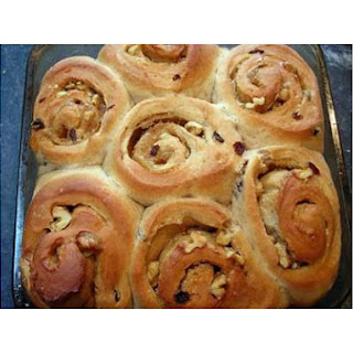 Walnut Cinnamon Buns