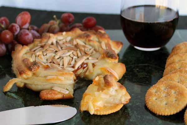 Baked Brie Appetizer Recipe