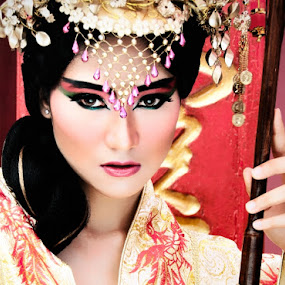 :: The Empress :: by Andi Ilham - People Portraits of Women