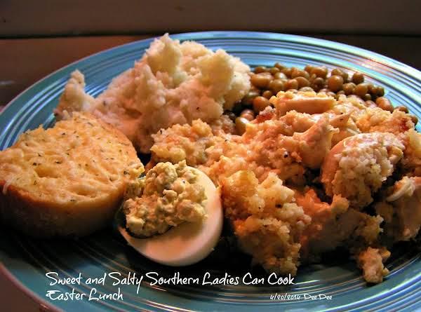 Mama's Cornbread And Chicken Casserole - Dee Dee's Recipe