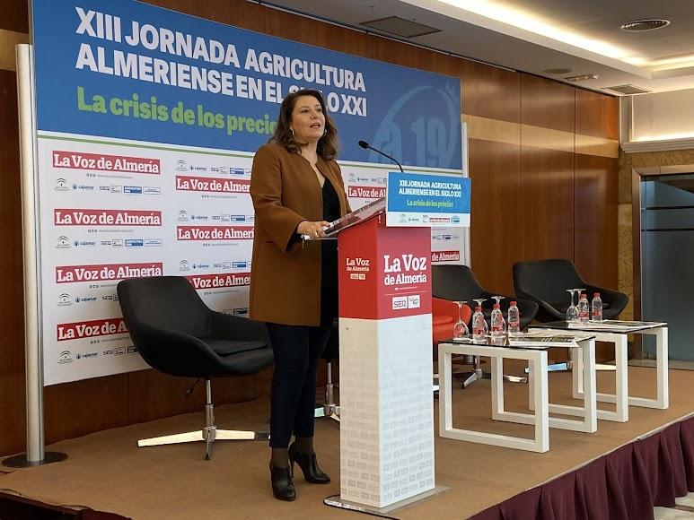 La consejera de Agricultura, Carmen Crespo, no ha faltado a las jornadas de LA VOZ.