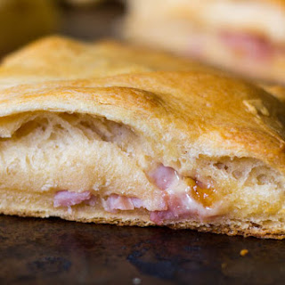 Ploughman's Lunch Crescent Roll Ring