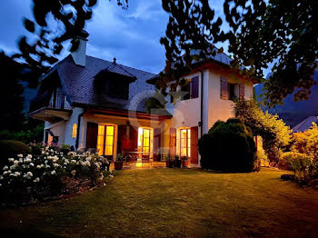 villa à Menthon-Saint-Bernard (74)