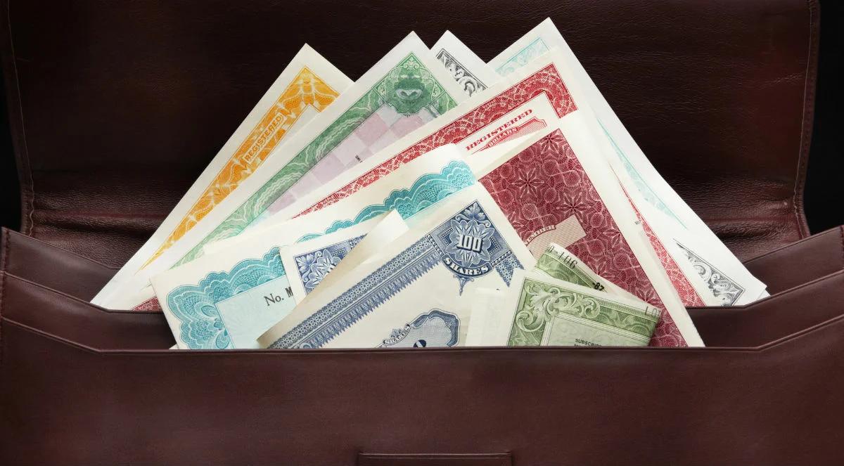 виды ценных бумаг акции облигации
