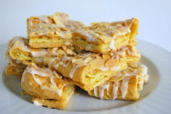 Swedish Kringler Or Almond Puff
