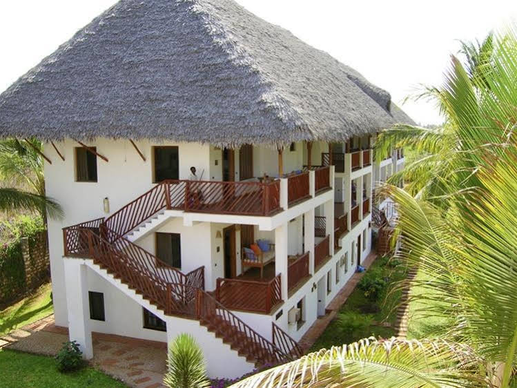 Bushbaby Resort