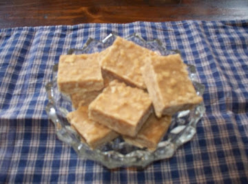 Easy Peanut Butter Fudge With Saltines! Recipe