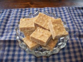 Easy Peanut Butter Fudge With Saltines! Recipe