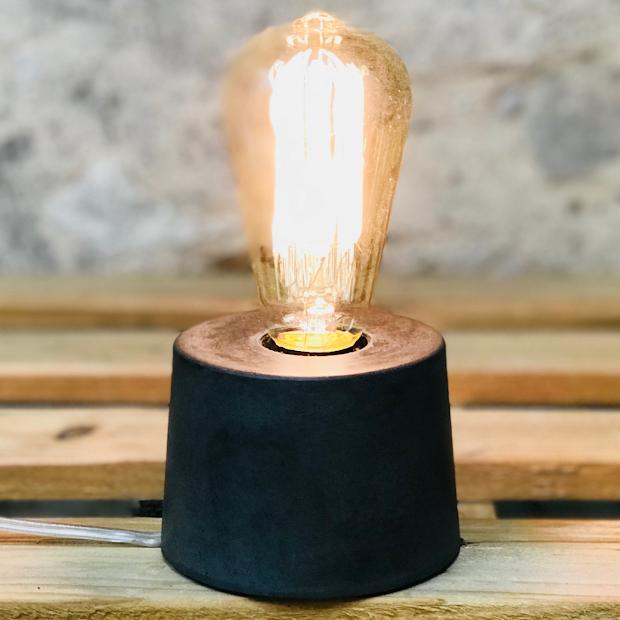 lampe béton noir design fait-main création made in france