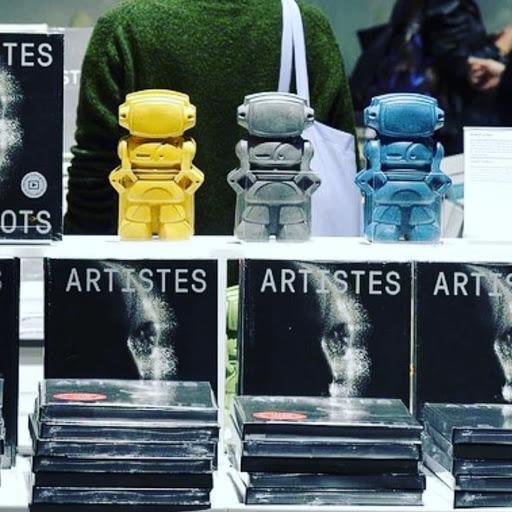 artistes et robots grand palais avec les robots en béton de junny