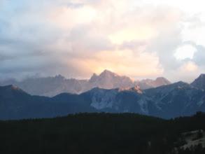 Photo: zonsopgang, zicht vanuit de gîte Le Grand Rpchebrune la poste