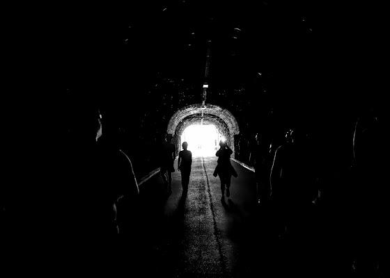 Dalla luce all'oscurità delle grotte di bepi1969