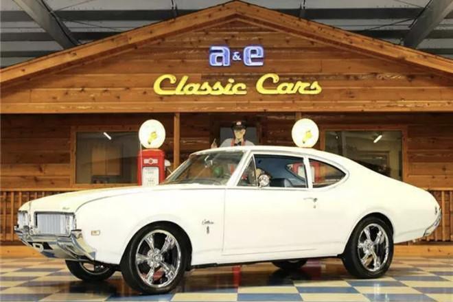 1969 Oldsmobile Cutlass S Hire Los Angeles