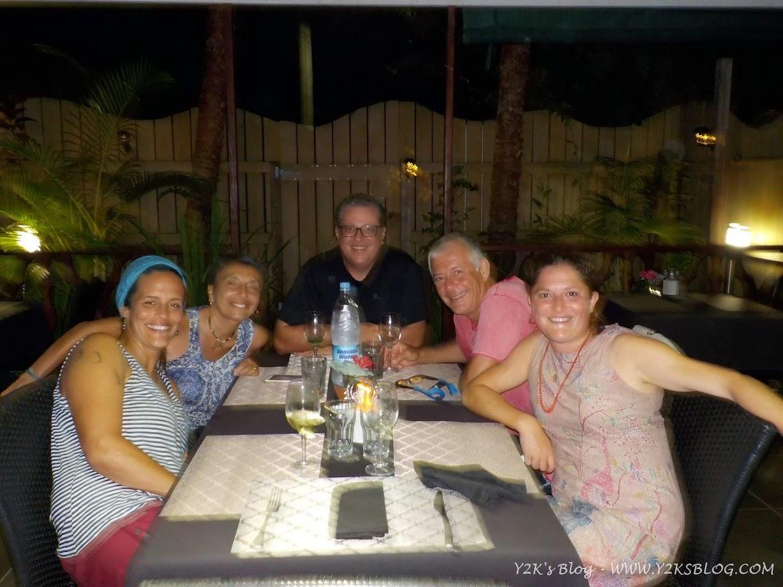 Da SX: Marina, Ale, Max, Diego, Alice  - Luganville