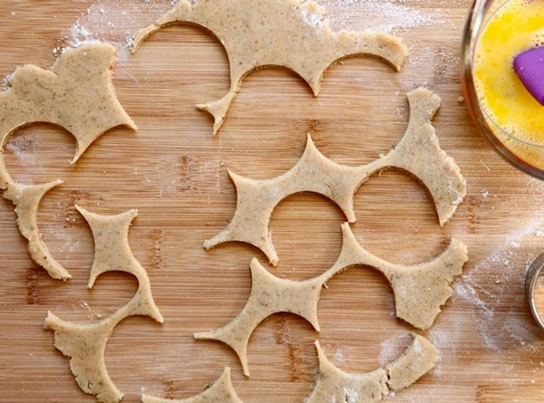 Use a 1 1/2-inch round cookie cutter to cut cookies, or use a pizza...