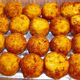 Balls of delight. by Peter DiMarco - Food & Drink Cooking & Baking ( food photography, cooking, rice, food, fried )