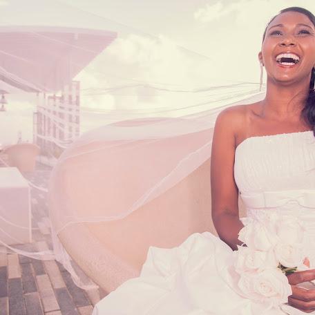 Wedding photographer Zuania Muñiz-Meléndez (muizmelndez). Photo of 13.02.2014