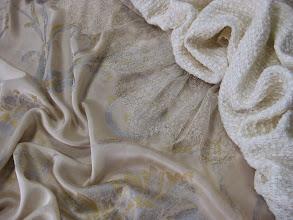Photo: Ткань : Атлас нат.шелк ш.140см. цена 4000руб. Кружево ш.0,20см цена 1000руб.