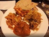 Flavours Radha Hometel photo 8