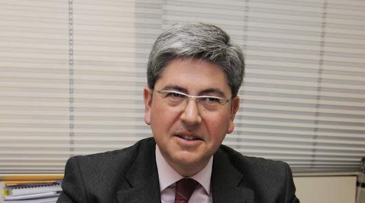 Un ingeniero almeriense, director de Hispasat