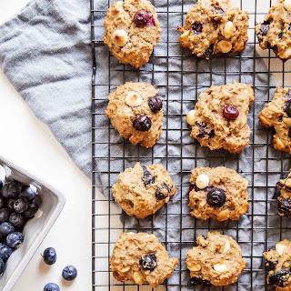 Blueberry & White Chocolate Quinoa Breakfast Cookies.