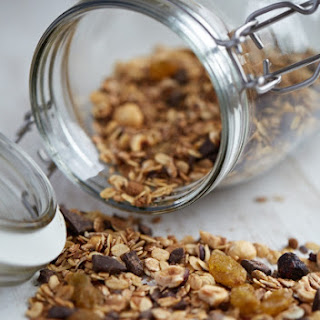 Granola with Hazelnuts and Dark Chocolate
