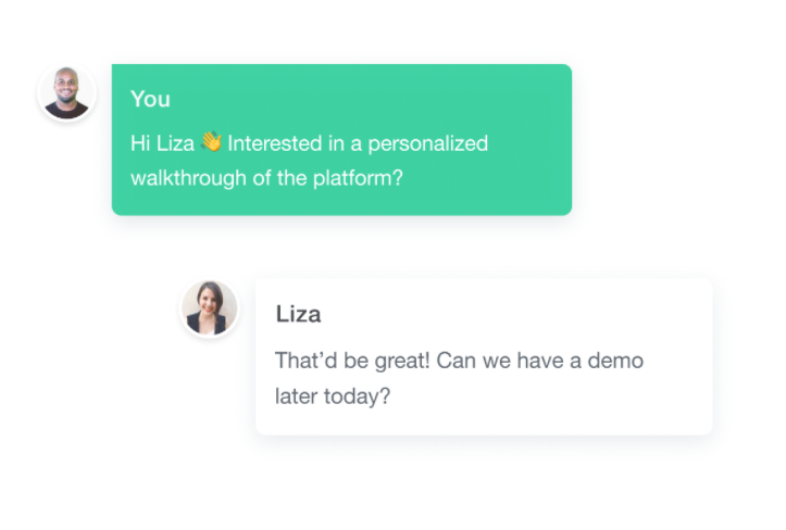 Personalization strategy, live personalized demo offer by Helpcrunch