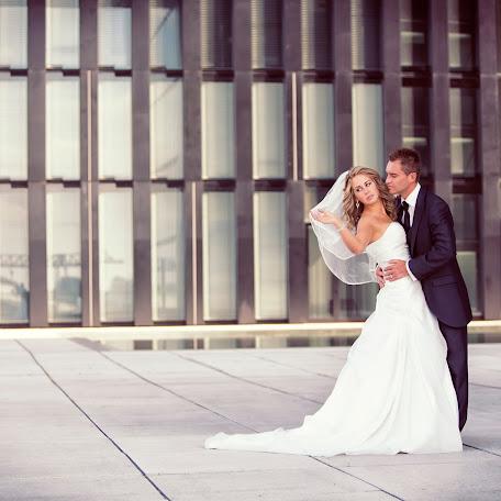 Wedding photographer Alexander Knaub (AK74). Photo of 10.03.2017