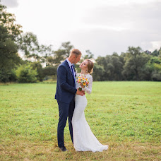 Wedding photographer Anastasiya Burlacheva (Burlacheva). Photo of 21.10.2017