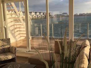 Photo: ANTARES ONE - das Premium-Haus mit dem schönsten Rundumblick aller Schwimmenden Häuser im Hafen des neuen OstseeResorts Olpenitz: Blick vom Wohnbereich ...  http://www.antares-olpenitz.beepworld.de