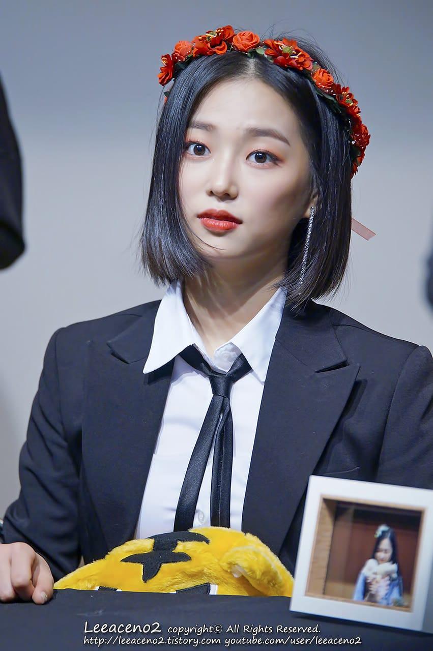yeeun suit 13