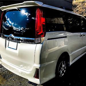 ヴォクシー ZRR85W 4WD 30年式のカスタム事例画像 NishiYanさんの2019年01月13日13:18の投稿